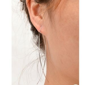 """Jewelry - Simple """"fish"""" wire earring"""